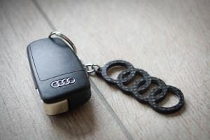 Schlüsselanhänger aus Carbon - lang gesucht und richtig entschieden (außergewöhnlich leicht)