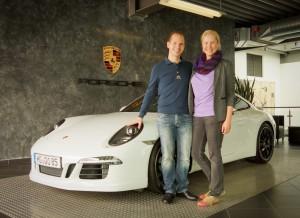 Vorn: Dani & ich. Hinten: 911er Typ 991