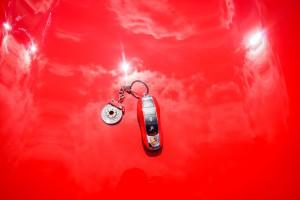Schlüssel in Wagenfarbe - die farbliche Übereinstimmung ist perfekt, die Haltbarkeit nicht so sehr